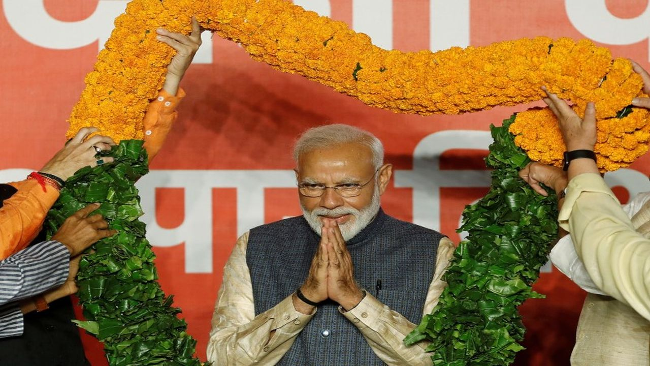 Narendra Modi will be sworn in as the Prime Minister for a second consecutive term today at the Rashtrapati Bhavan in New Delhi. Around 8,000 guests have been invited, reports suggest. Prominent personalities from the world of politics, entertainment and sports, among others are expected to attend the ceremony. However, there are some leaders who have decided to give the event a miss. Here are some of them: