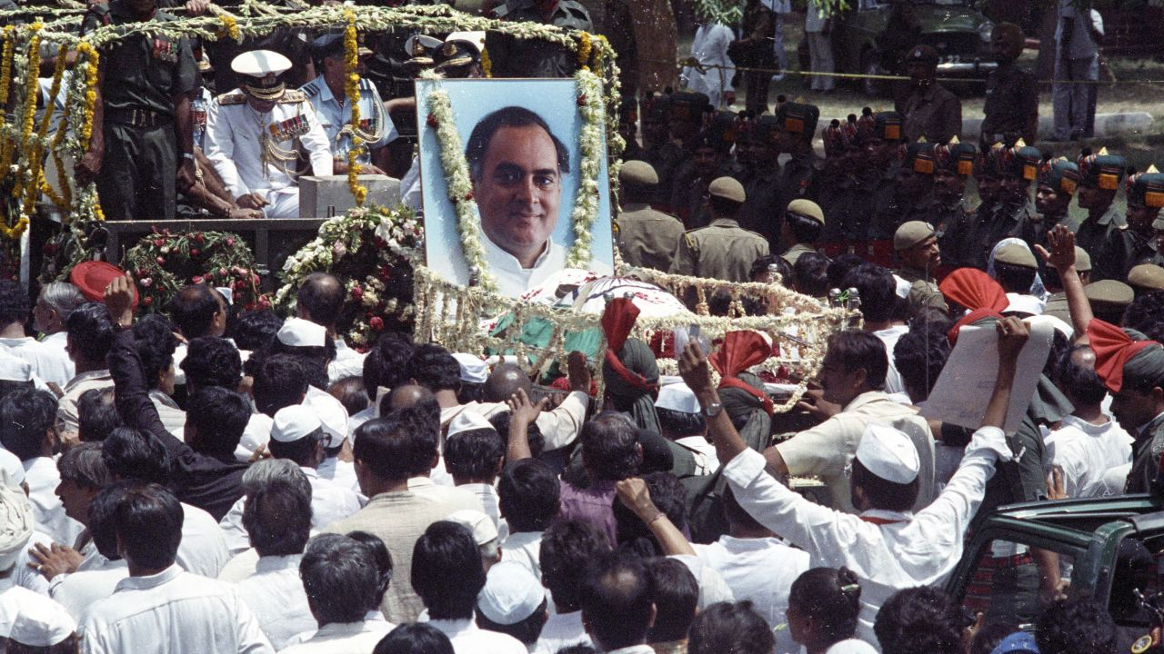 In 1991, during campaigning for the Congress in Sriperumbudur, a woman approached Rajiv Gandhi, touched his feet and blew a belt of RDX. She, Rajiv and few other people surrounding them were killed in the explosion. (Image: Reuters)