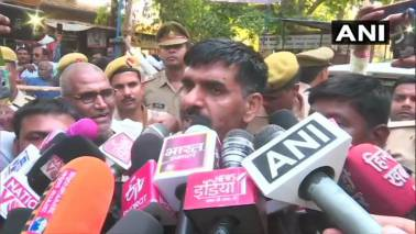 Cancellation of nomination: SC asks EC to look into grievances of sacked BSF jawan Tej Bahadur Yadav