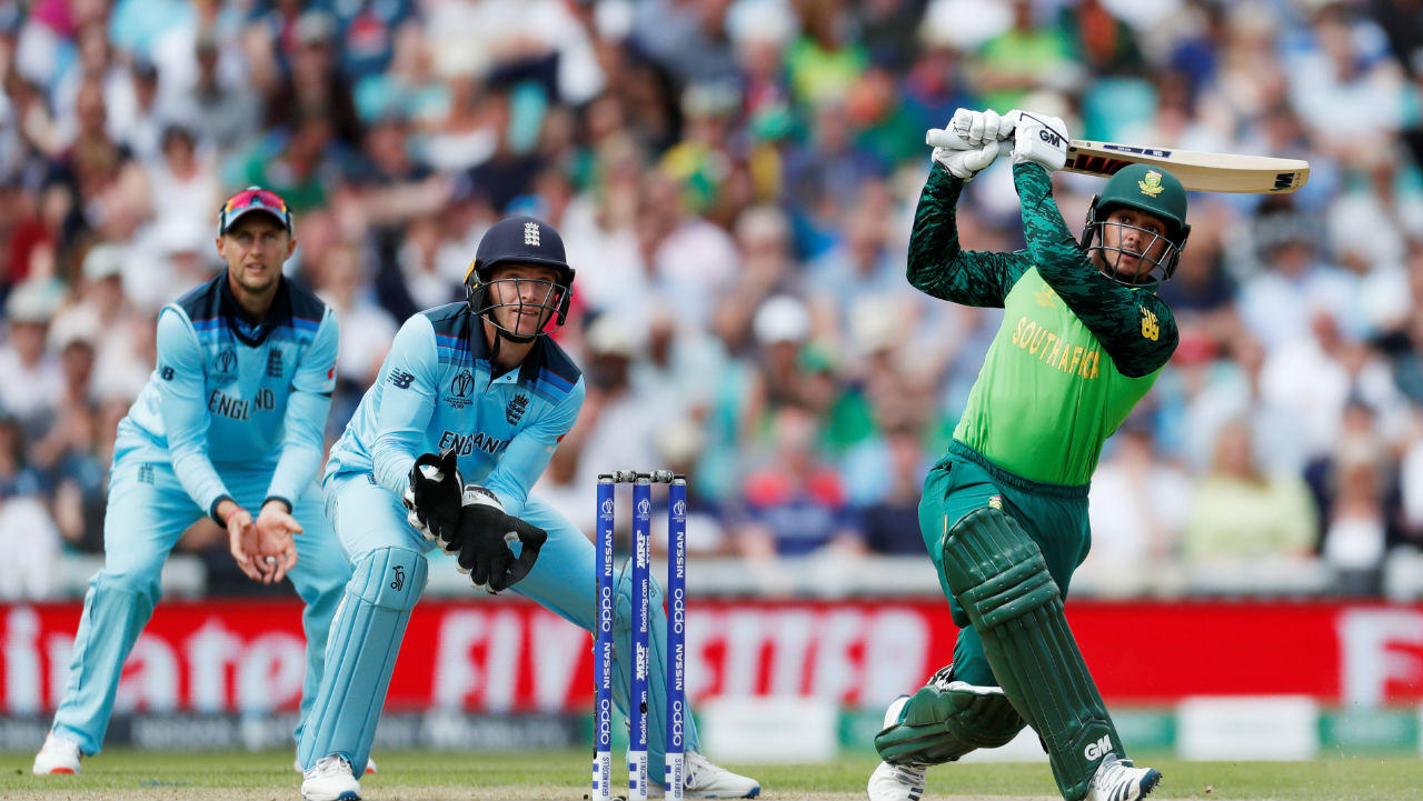 Quinton de Kock batted well from the other end and completed his 22nd ODI fifty. At the end of 18 overs the Proteas were 89/2. (Image: Reuters)