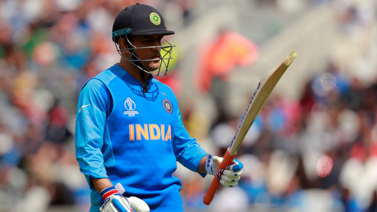 Hardik then took charge plundering 30 off 37 balls before edging a James Neesham delivery into the gloves of Blundell. Dinesh Karthik was caught out in the same over after scoring 4 runs. Dhoni struggled to get going and managed just 17 off 42 balls before finding Neesham in the field in the 23rd over. (Image: Reuters)