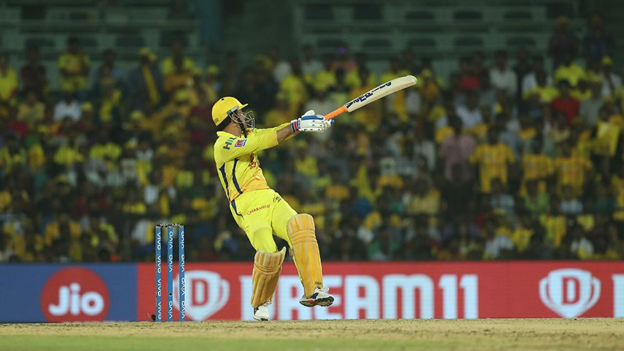 MS Dhoni along with Ravindra Jadeja gave CSK a late kick. Dhoni hit a blistering 44 off 22 balls while Jadeja smashed 25 from 10 balls as CSK finished with 179/4 in 20 overs. Dhoni remained not-out.