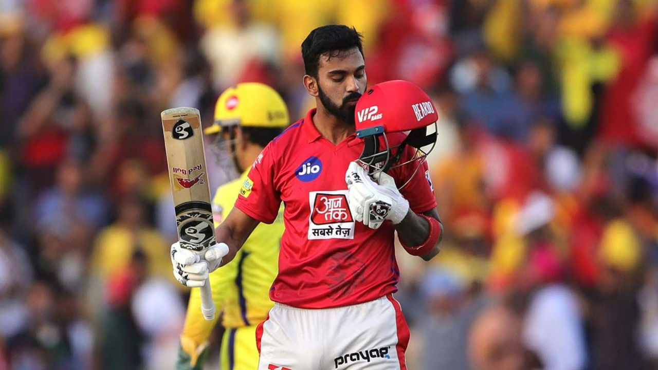KL Rahul gave Punjab a blistering start as he hammered his way to a fifty inside first four overs. Such was Rahul's assault that off the 57 runs scored by KXIP in first four overs 52 came off Rahul's bat. (Image: BCCI, iplt20.com)