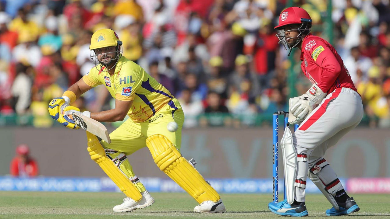 After Waston's early dismissal, Suresh Raina and Faf du Plessis held fort as the two went about building the CSK's innings.