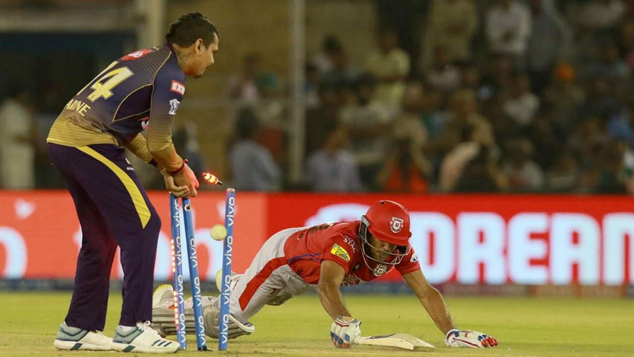 Mayank Agarwal added a fighting 36 off 26 balls before getting run out in the 14th over and Harry Gurney got rid of Mandeep Singh in the 18th over. Mandeep returned with 25 off 17 as KXIP were down to 149/5. (Image: BCCI, iplt20.com)