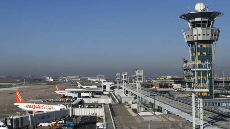 Adani group, AAI ink pacts for managing three airports - Moneycontrol thumbnail