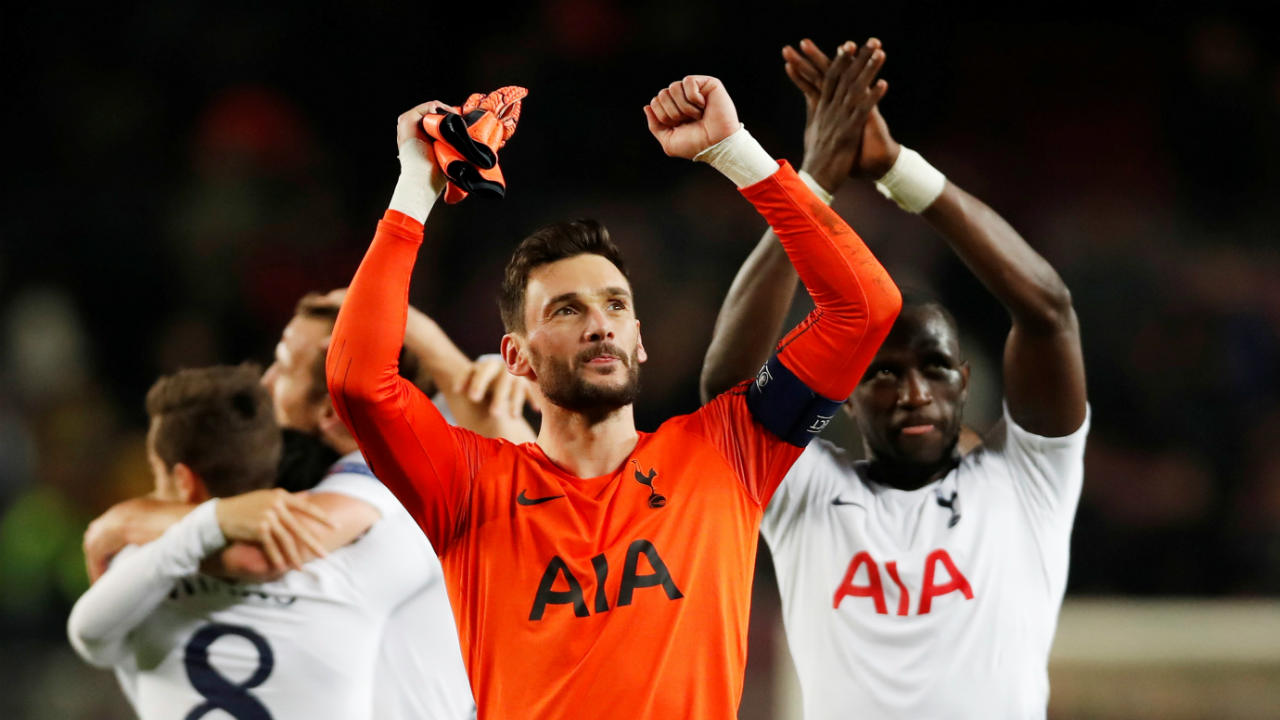 Tottenham | The Saints were pitted in the other 'Group of Death' along with Barcelona, Inter Milan and PSV Eindhoven. After taking just 1 point from their first 3 games, the Spurs were on the brink of elimination. However, they fought back from a 1-0 deficit to win 2-1 against PSV in their 4th game before recording a close 1-0 over Inter. Spurs then needed to match Inter's result in the final game and the North London club managed a 1-1 draw at Camp Nou to progress in second spot. (Image: Reuters)