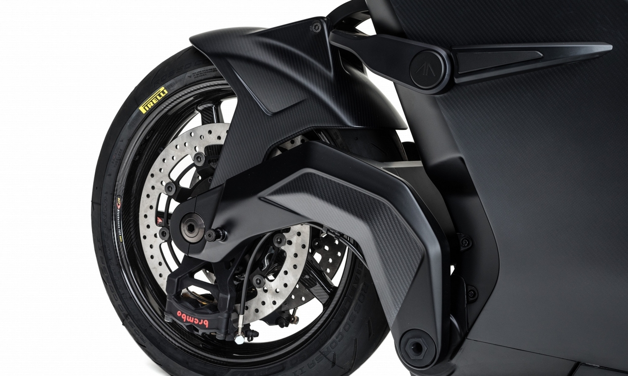 The motorcycle is supported by a carbon fibre swingarm, Ohlins TTX suspension on both ends and Brembo brakes on both tires. It has a kerb weight of 220 kg, making it an incredibly nimble motorcycle.