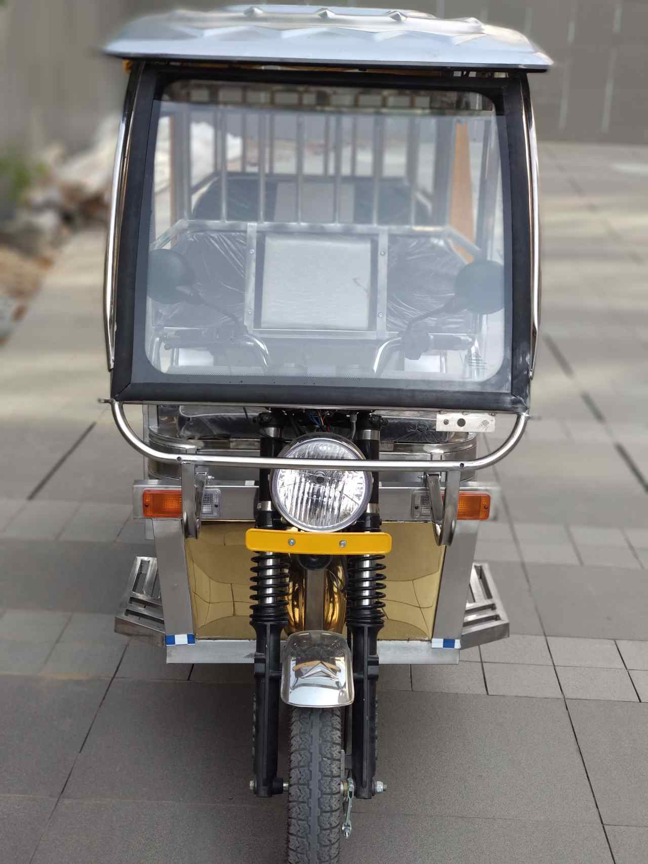 The E-rickshaw design was first unveiled at the EvExpo 2019 in Lucknow. (Image: Jindal Stainless)