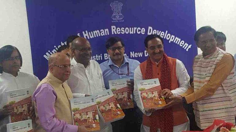 Draft New Educational Policy 2019 being submitted to the HRD Minister by the Drafting Committee. (Image: Twitter/@HRDMinistry)