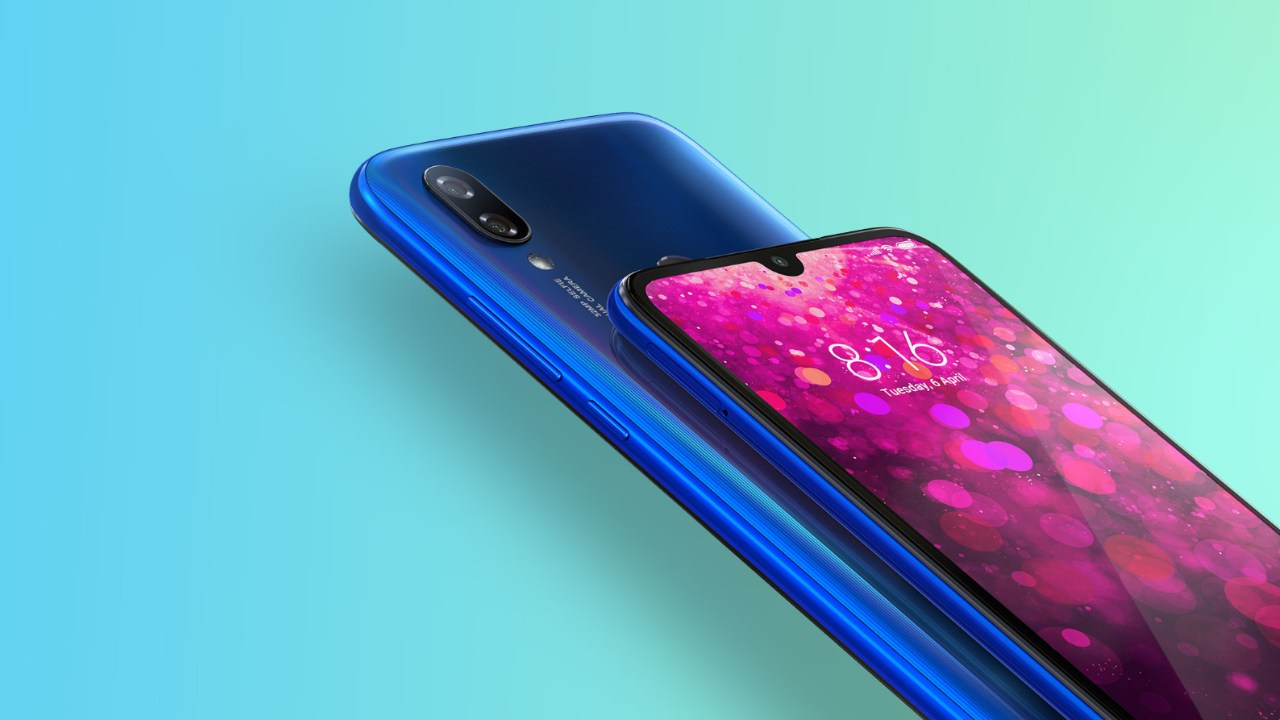 Redmi Y3 2019 | Rs 9,999 | Snapdragon 632 | 3GB/32GB | HD+ LCD | Rear - 12MP + 2MP | Front -32MP | 4,000 mAh | The Redmi Y3 is the only one on our list to pack a 32-megapixel selfie camera, which is quite the achievement at this price point. The Y3 also gets excellent camera performance at the back and a teardrop notch to maximise screen real estate. Strong battery life, good camera quality and decent performance make the Redmi Y3 a good pick if you're working with a 10K budget. If you do have a thousand rupees more, then the Redmi 7S is a far better pick and really knocks it out of the park with a 48-megapixel camera and Snapdragon 675 SoC.
