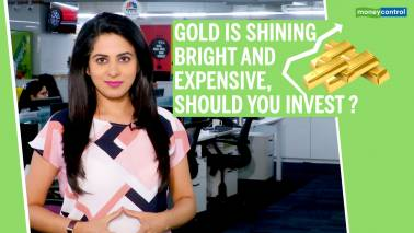 Gold is shining , should you invest ?