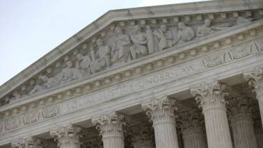 Supreme Court allows Trump administration to enforce its new asylum rules