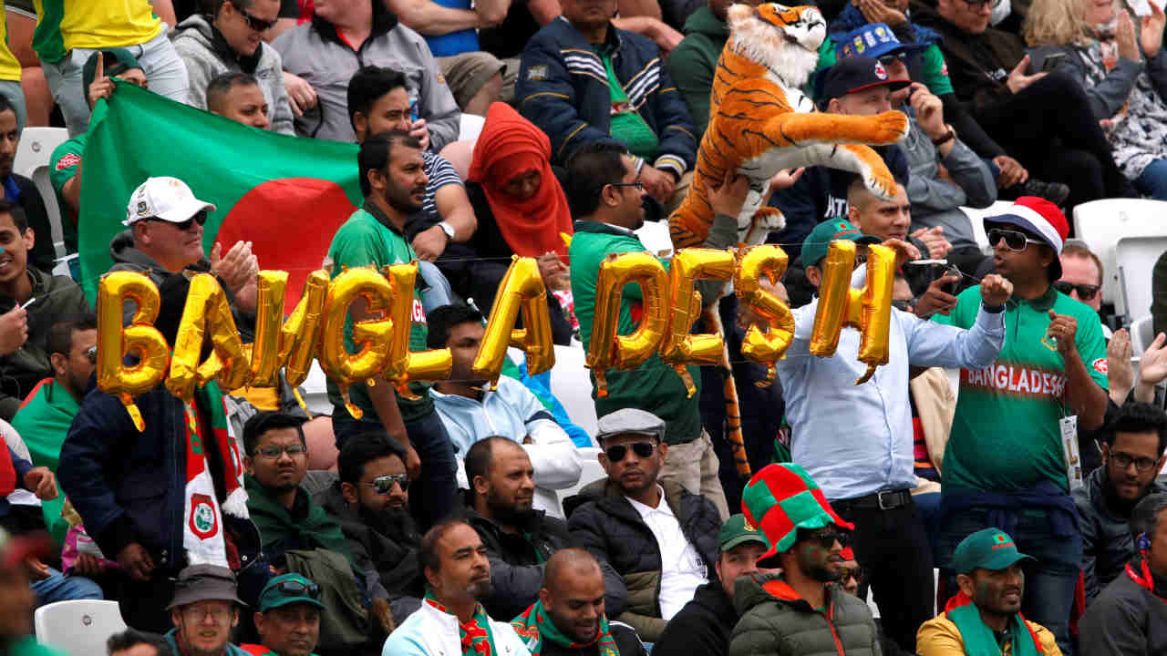 Australia and Bangladesh squared off for match 26 of the ICC Cricket World Cup 2019 at Trent Bridge, Nottingham. Australia made 3 changes with Marcus Stoinis, Adam Zampa and Nathan Coulter-Nile replacing Shaun Marsh, Kane Richardson and Jason Behrendorff. Bangladesh had 2 changes with Rubel Hossain and Sabbir Rahman replacing the injured Mohammad Saifuddin and Mosaddek Hossain. (Image: Reuters)