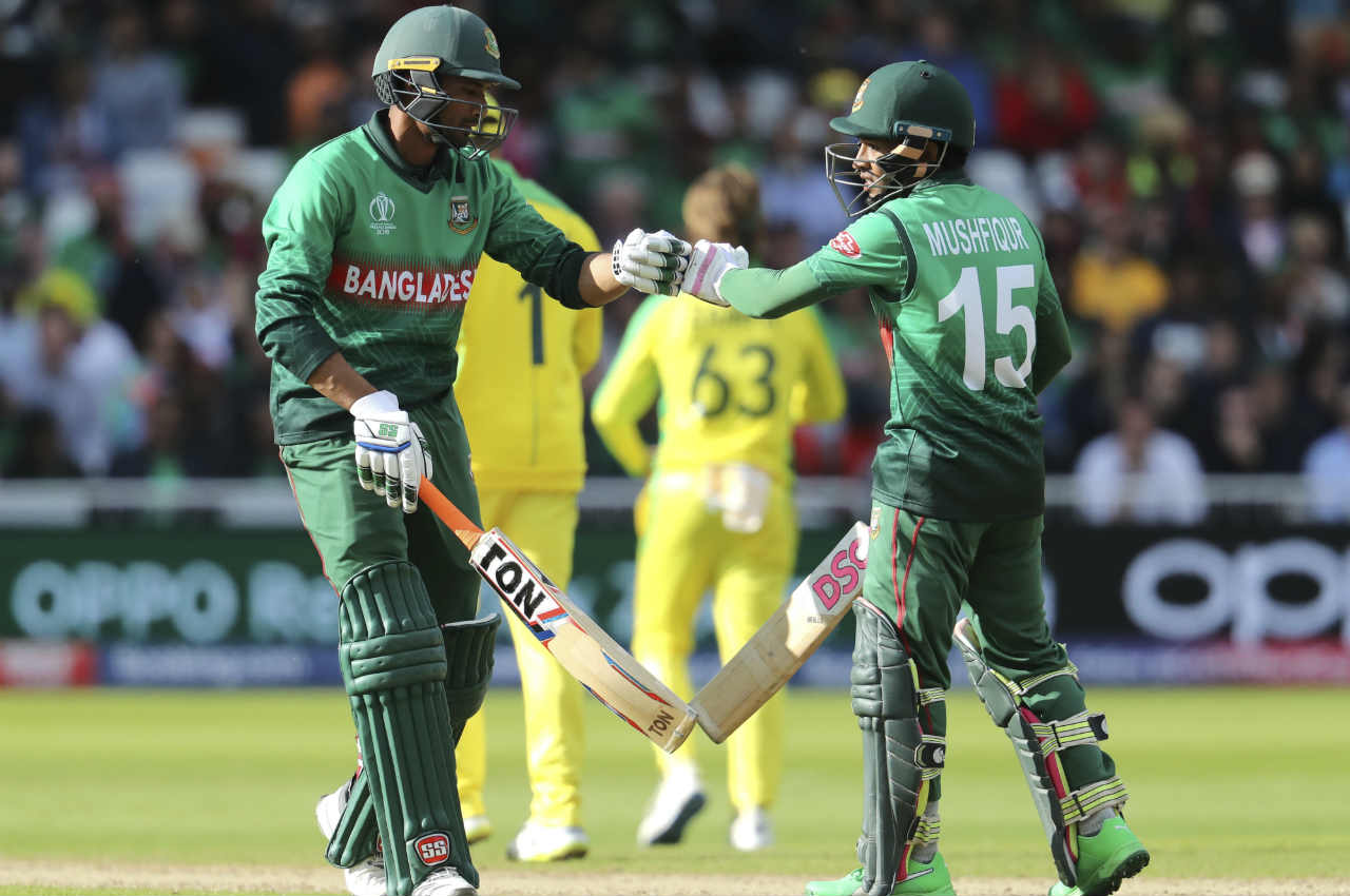 Mahmudullah and Mushfiqur Rahim put together a 127-run stand to give Bangladesh some faint hopes of pulling off this record-chase. The partnership was finally ended Coulter-Nile in the 46th over when he got Mahmudullah caught out on 69. Coulter-Nile then castled Sabbir Rahman on a 'Golden Duck' off the very next delivery. (Image: AP)