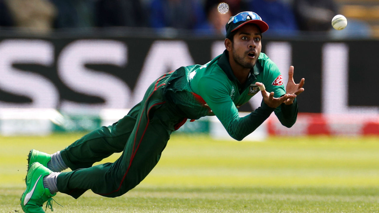 A splendid catch by Mehidy Hasan off the bowling of Mortaza helped Bangaldesh get rid of Bairstow in the 20th over. Bairstow scored a solid 51 off 50 as England were 128/1. (Image: Reuters)