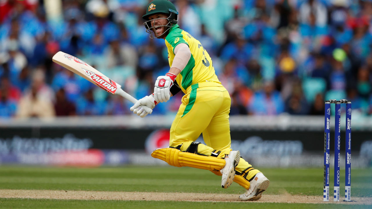 Chasing a mammoth 353 to win Australian openers David Warner and Aaron Finch could not get going and managed in first 10 overs. (Image: Reuters)