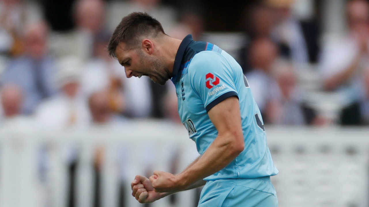Glenn Maxwell looked dangerous as he hit a boundary and a six within seven balls but his stay in the middle was cut short as Mark Wood got him edge a delivery to Jos Buttler. Maxwell made 12 off 8. (Image: Reuters)