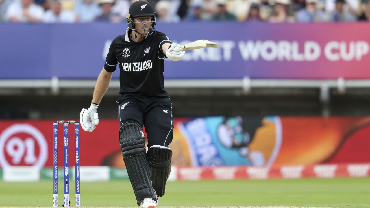 Martin Guptill and Kane Williamson put up a 60 run partnership to put New Zealand in a comfortable position. (Image: Reuters)