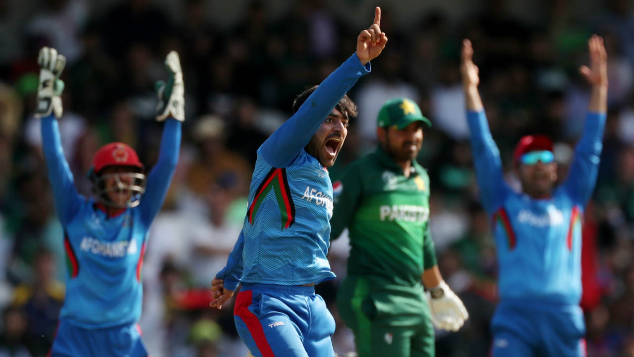 Mohammad Hafeez and Haris Sohail then slowed down the scoring rate adding 40 runs from 71 balls. The partnership was broken by Mujeeb in the 30th over when Hafeez (19 off 35 balls) mistimed a shot to backward point. Rashid Khan then joined the party and trapped Sohail (27 off 57 balls) LBW in the 35th over. Pakistan were struggling at 142/5 when Sohail walked back. (Image: AP)