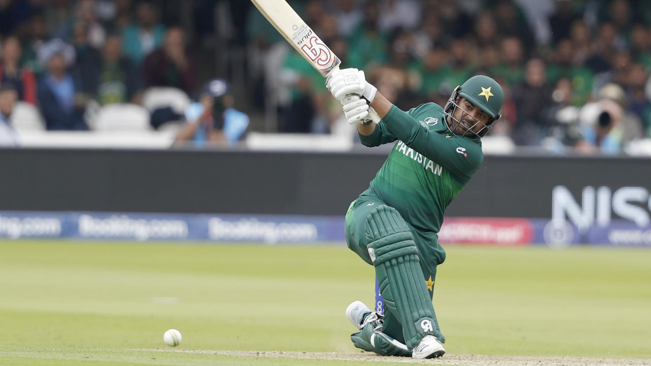 Sohail was in fine form and brought up his 50 off just 38 balls. He added 71 off 40 balls with Imad Wasim. Imad was dismissed in the 48th over by Lungi Ngidi after scoring 23 off 15 balls. Pakistan then lost wickets in a heap finishing with 308/7. Sohail was the highest scorer with 89 coming off just 59 balls. (Image: AP)