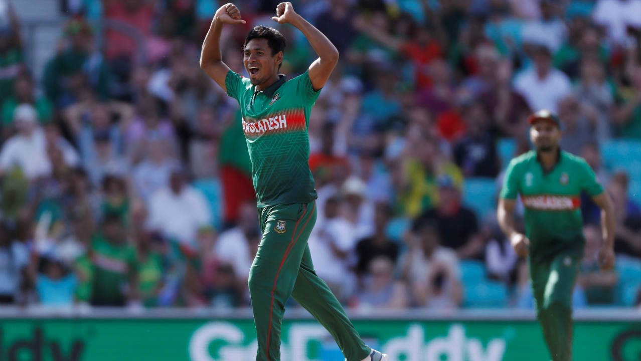 David Miller and Rassie van der Dussen then added 55 runs off 51 balls. However, the partnership was broken by Mustafizur who got Miller caught out in the 36th over. South Africa were struggling at 202/4 when Miller walked back. (Image: Reuters)