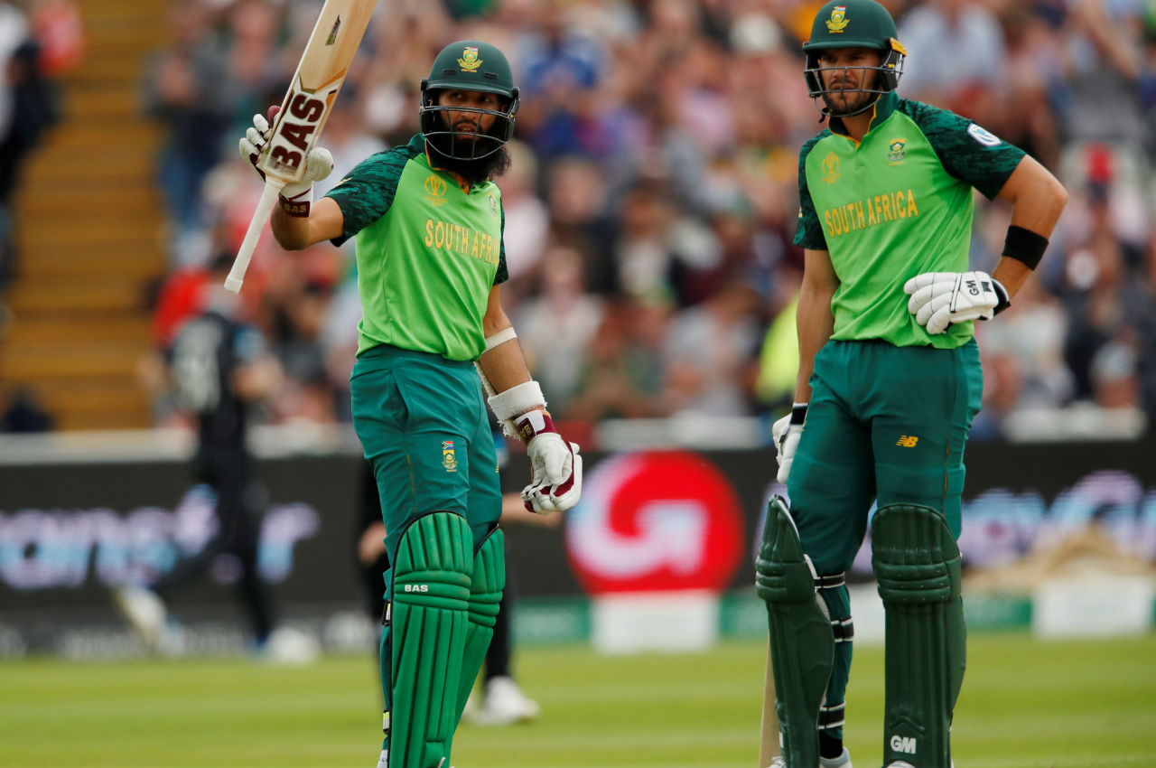 Hashim Amla scored 55 off 83 balls before he too got clean bowled. Amla lost his wicket to Mitchell Santner in the 28th over. The proteas were 111/3 when Amla was out. (Image: Reuters)