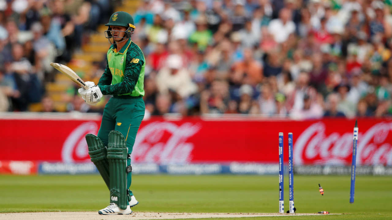 The Blackcaps were off to a flying start as Trent Boult clean bowled Quinton de Kock in just the 2nd over. de Kock made 5 as South Africa were 9/1. (Image: Reuters)