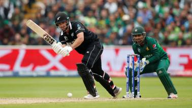 New Zealand vs Pakistan Live Score, 2019 ICC Cricket World match: Neesham, de Grandhomme fifties help Kiwis post 237/6
