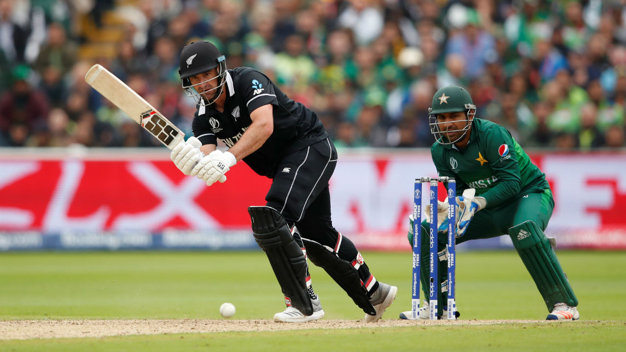 de Grandhomme completed his half-century in the 45th over. de Grandhomme was run-out in the 47th over. The Kiwi all-rounder scored 64 off 71. (Image: Reuters)