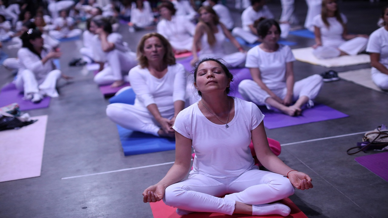 Yoga is becoming a trend in the whole world, with people practicing it and making it a part of their daily life. Yoga tends to calm mind and bring peace, but people have added unique elements for that very purpose. (Image Source: Reuters) On this international yoga day let's look into some of the unusual yoga practices: