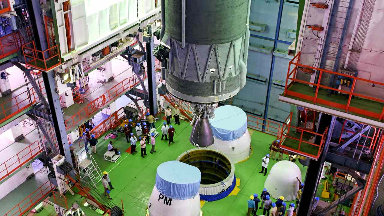 The total cost of the mission is close to Rs 1,000 crore, including the cost of the spacecraft as well as the launch vehicle. (Image: isro.gov.in)