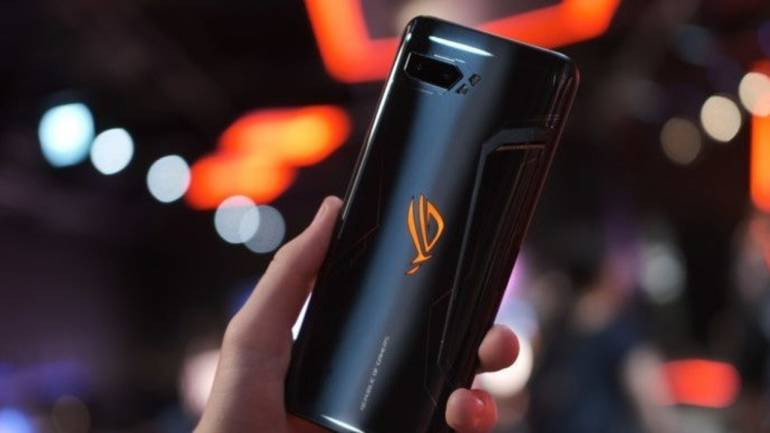 Asus ROG Phone 2 combines over-the-top hardware with excellent software in  a practical gaming smartphone