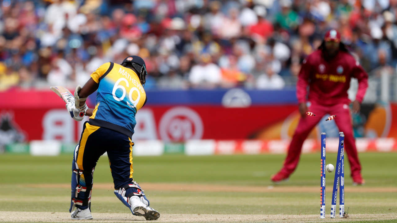 Angelo Mathews scored a quickfire 20 and steadied the Sri Lankan innings before Holder struck once again for the West Indies as he clean bowled Mathewes in the 40th over. (Image: Reuters)