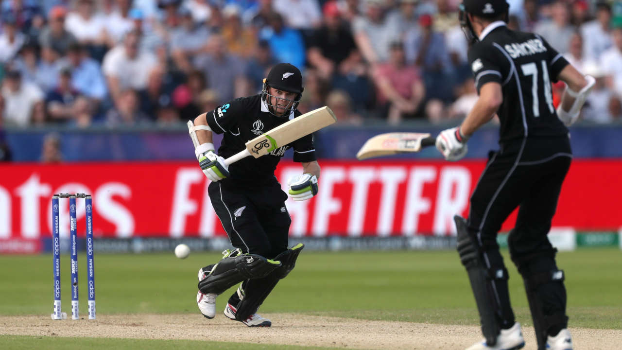 Tom Latham and Mitchell Santner fought hard. Latham completed his half-century in the 37th over. Liam Plunkett sent back Latham in the 39th over. Latham made a fighting 57 off 65 as New Zealand sunk to 164/7. (Image: Reuters)