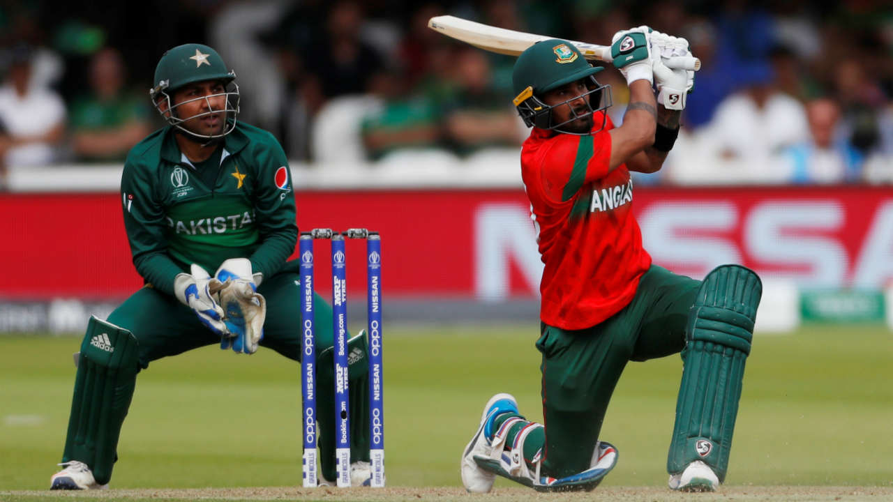 Liton Das steadied the Bangladesh's chase in company of Shakib Al Hasan. The Bangladesh's middle order batsman scored 32 off 40 before Shaheen Afridi got him caught by Harris Sohail in the in the 29th over. Bangladesh were 136/4. (Image: Reuters)