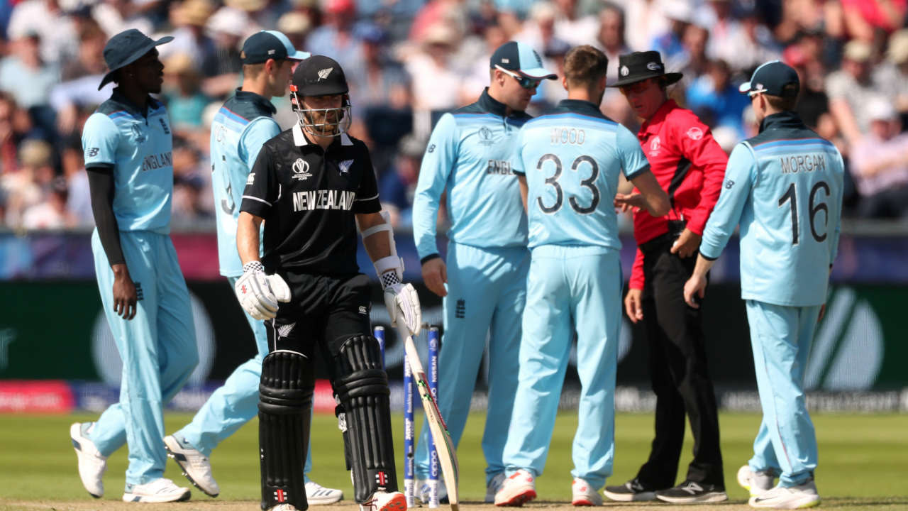 New Zealand's sorry state in the chase continued when Kane Williamson was run-out by mark Wood in the 16th over. The Blackcaps were struggling at 61/3 as fall of Williamson's wicket. (Image: Reuters)