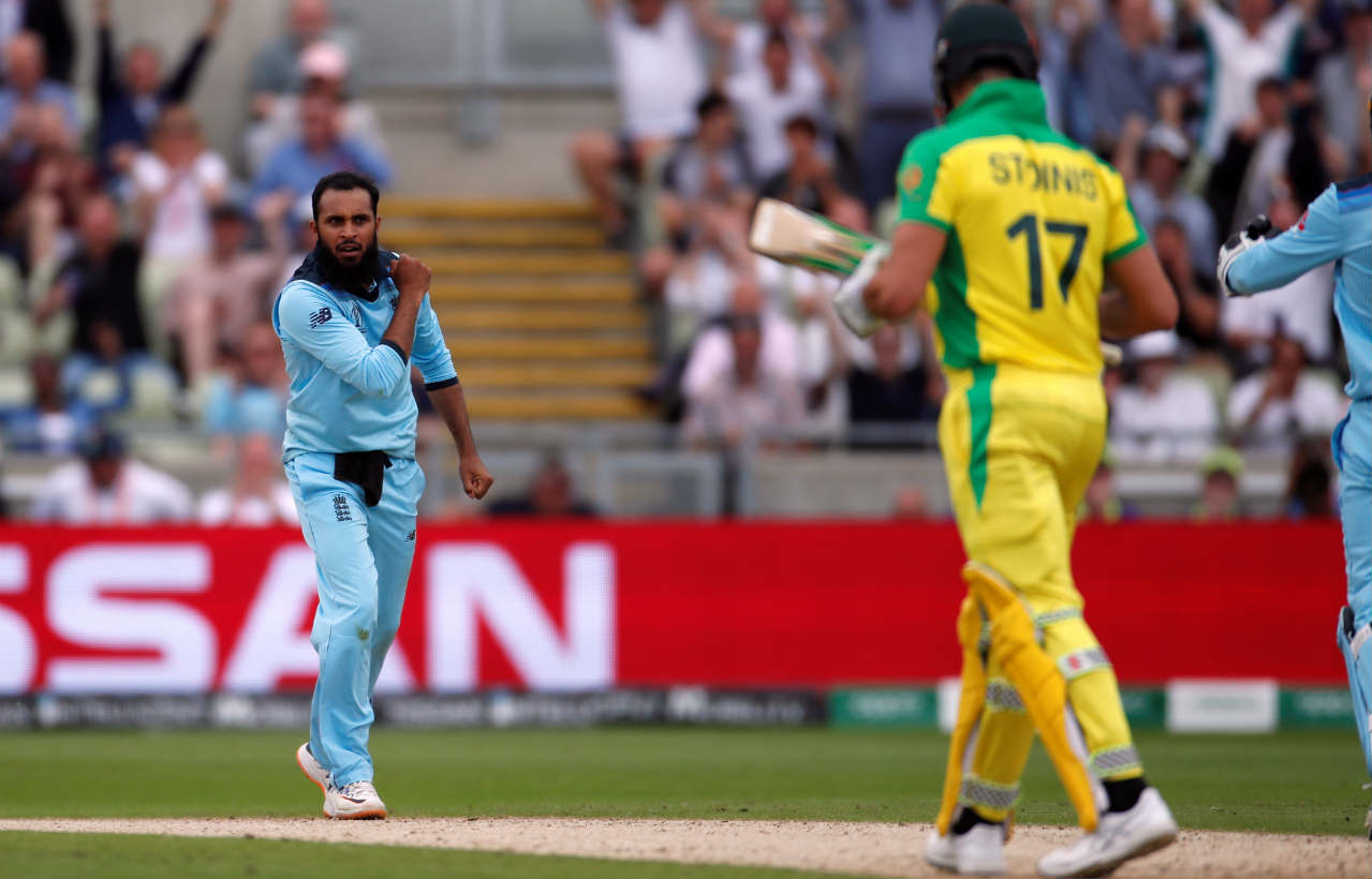 Carey and Smith together added 103 runs off 127 balls for the 4th wicket to steady the Australia innings. However, that stand was broken in an eventful 28th over of the innings bowled by Adil Rashid. Carey picked out the man at deep midwicket departing for 46 off 70 balls. Smith then brought up his 50 in the over before Rashid trapped Stoinis LBW on the last delivery sending him back for a duck. (Image: Reuters)