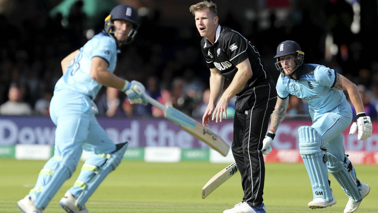 Stokes and Jos Buttler then joined forces to stem the fall of wickets and steady the England run-chase. (Image: AP)