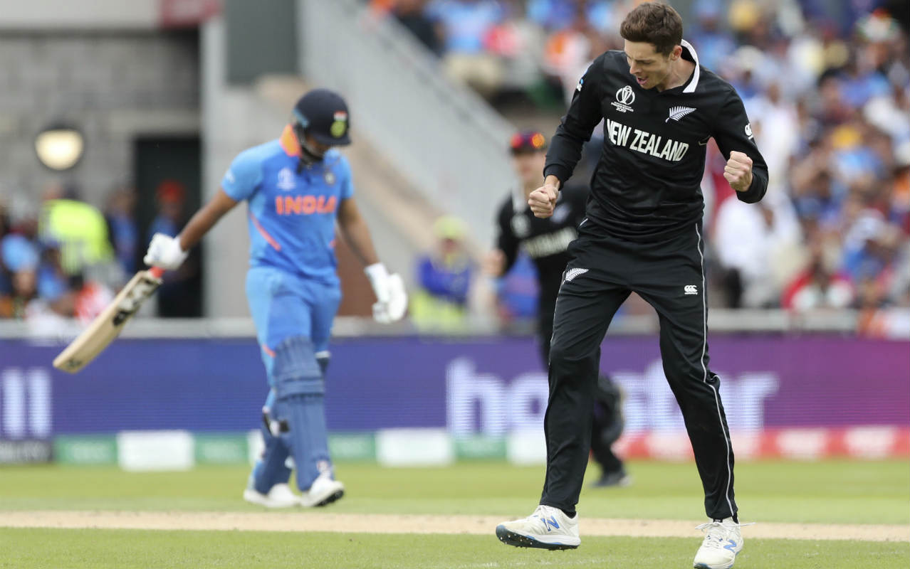 Hardik Pandya and Rishabh Pant provided some hope for India adding 47 runs off the next 77 balls. Mitchell Santner then entered the attack in the 21st over and started off with a maiden. He then got Pant to go for a rash shot in the 23rd over holing out at cow corner. Pant returned with 32 off 56 balls with India struggling at 71/5. (Image: AP)