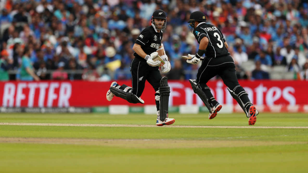 Kane Williamson then put up a 65-run partnership with Ross Taylor during which he completed his half-century. (Image: Reuters)