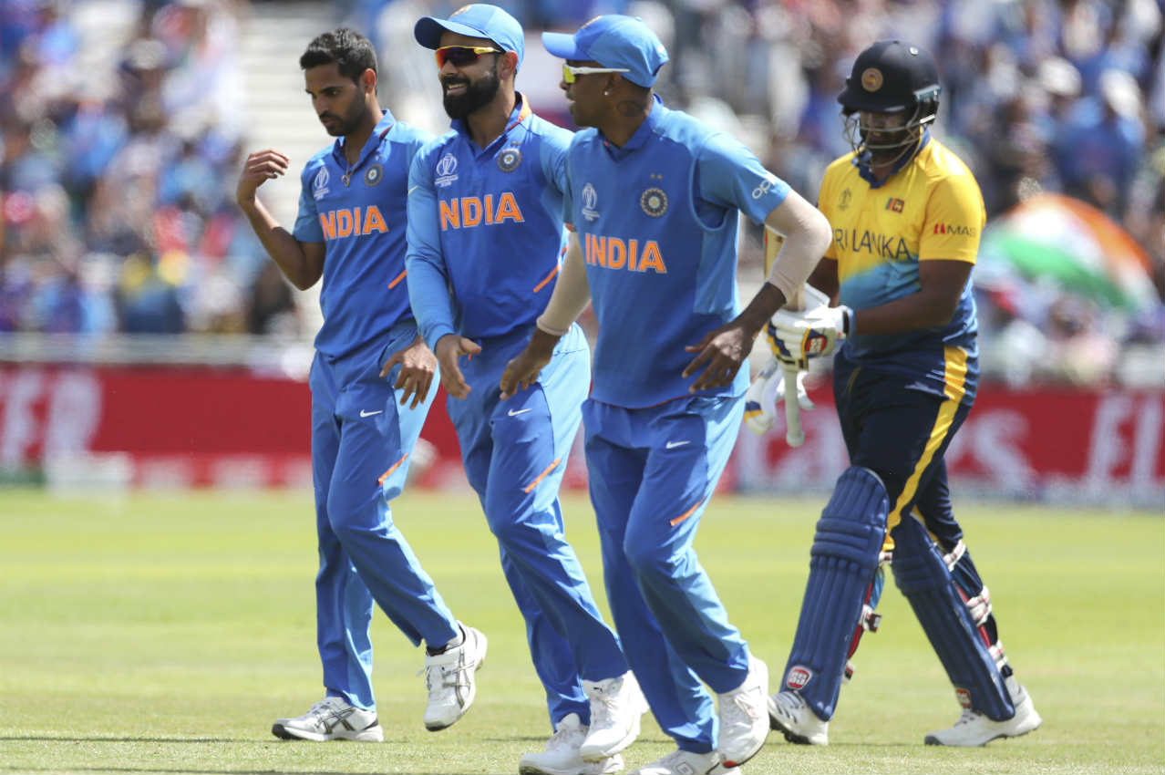 Dhananjaya de Silva and Mathews added 74 runs off 64 balls for the 6th wicket. Mathews' (113 off 128 balls) long innings was finally brought to an end when Bumrah got him caught out in the penultimate over. Hardik then took a blinder to dismiss Thisara Perera in the final over bowled by Bhuvneshwar. Sri Lanka finished with 264/7. Bumrah was the most impressive bowler finishing with figures of 10-2-37-3. (Image: AP)
