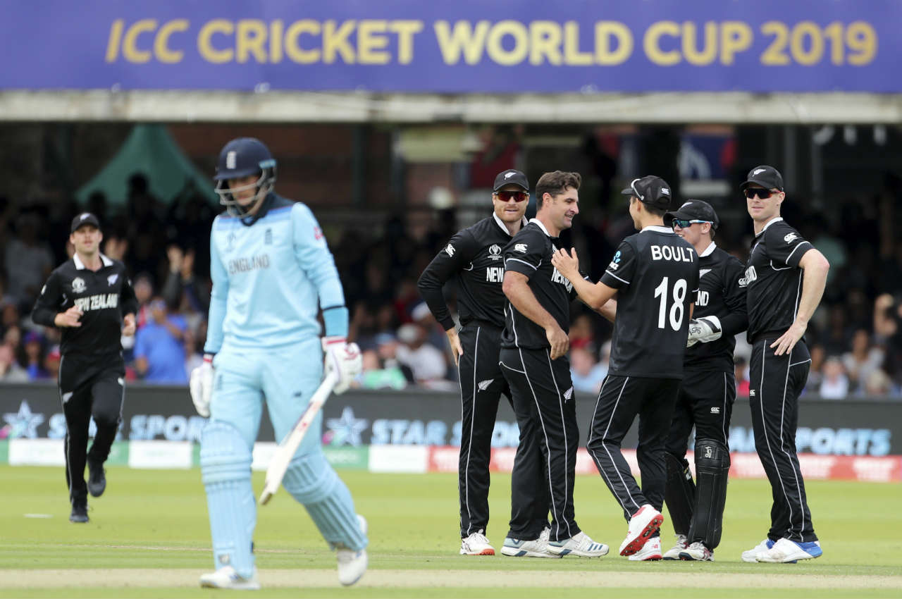 de Grandhomme put Root out of his misery when Root edged a delivery back to Latham in the 17th over. England's No.3 walked back after making 7 off 30 deliveries as England were struggling at 59/2 in 16.3 overs. (Image: AP)