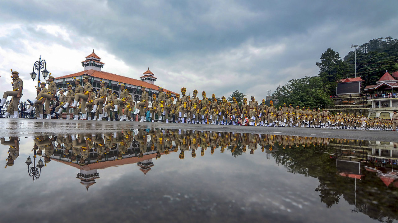 Marching contingent of police force during the full dress rehearsal for the Independence Day parade, at Ridge in Shimla, Himachal Pradesh on August 13. (Image: PTI)