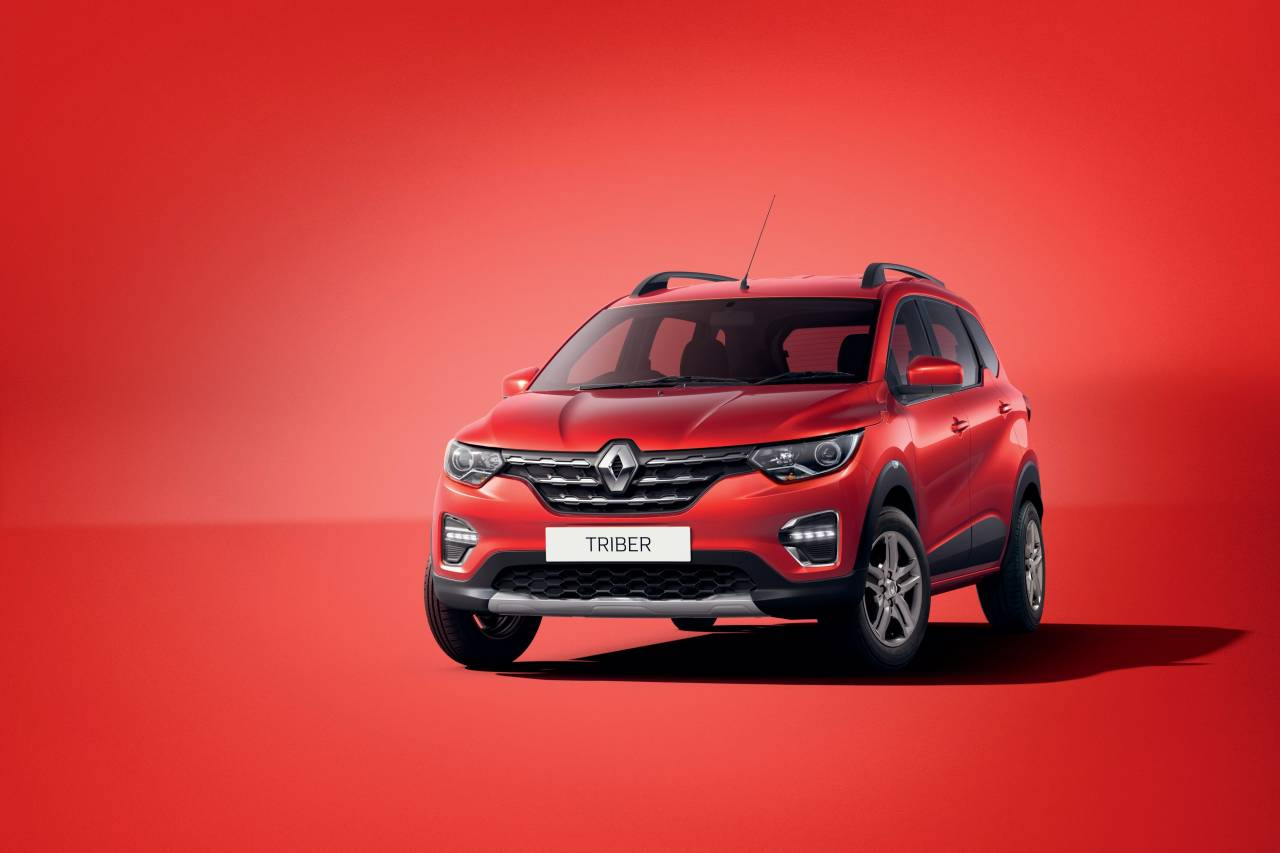 The Triber comes powered by a 1 litre, 3 cylinder petrol engine mated to a 5 speed manual transmission generating 72 ps of peak power. It is a global powertrain already used on Groupe Renault's B-Segment cars in Europe and South America like Clio and Sandero (Image: Renault)