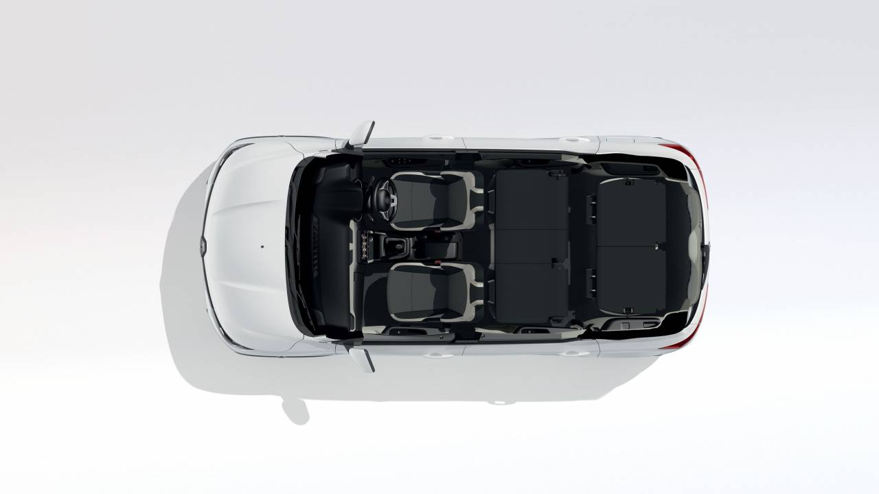 Renault claims that all rows are equally comfortable, with 12V charging sockets and air-conditioning for all passengers. Even tall passengers can comfortably sit in the two independent third-row seats which provide best-in-class roof height (834 mm) and include armrests fitted in the body panels (Image: Renault)