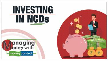 Managing Money With Moneycontrol | Investing in NCDs