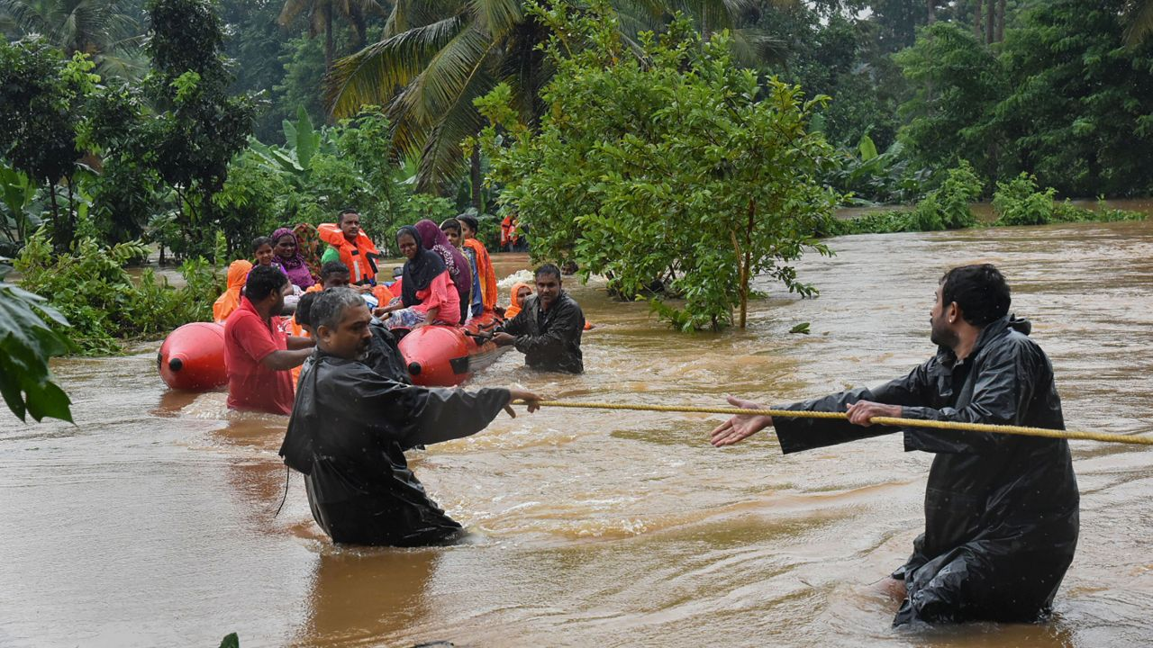 The National Disaster Response Force and the Indian Army carry out rescue operations in flood-affected areas of Ernakulam district in Kerala (Image: PTI)
