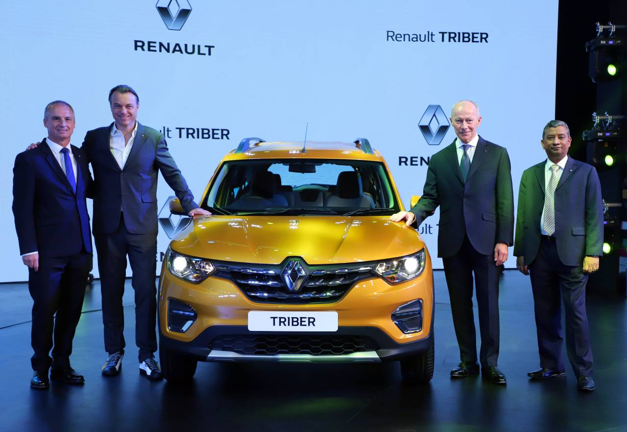 The Triber weighs 947 kg and is 3990 mm long and has a ground clearance of 182mm. Its wheelbase is 2636 mm, height of 1643 mm and width of 1739 mm. The fuel tank has a volume of 40 litres (Image: Renault)