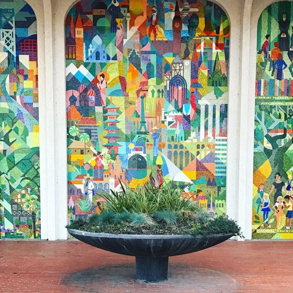 Q17. This Mosaic Mural can be found in the town of San Mateo. Whose life does it depict?